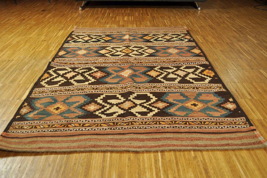 antiker Kelim Khamseh 103 x 150 cm  KUHFELLE ONLINE & NOMAD