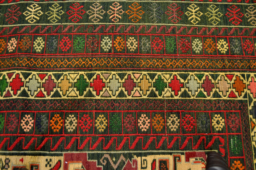 kilim rugs. Black Bedroom Furniture Sets. Home Design Ideas
