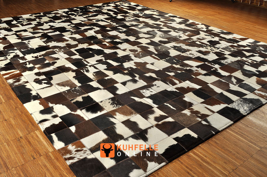 kuhfell teppich patchwork kuhfell patchwork stierfell. Black Bedroom Furniture Sets. Home Design Ideas