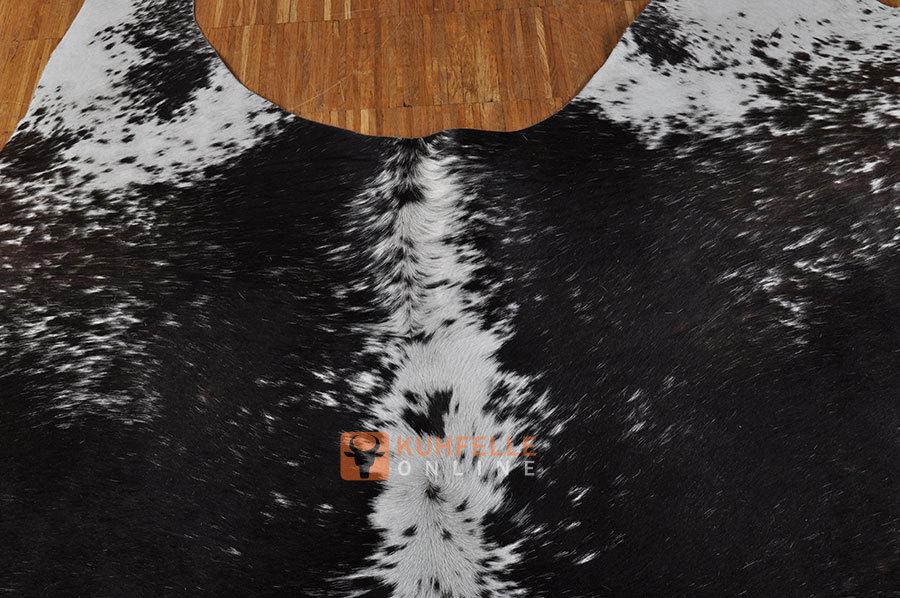 kuhfell schwarz weiss 245 x 200 cm bei kuhfelle online bestellen. Black Bedroom Furniture Sets. Home Design Ideas