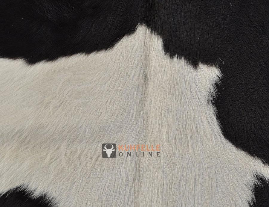 kuhfelle schwarz weiss 225 x 190 cm i kuhfelle online bestellen. Black Bedroom Furniture Sets. Home Design Ideas