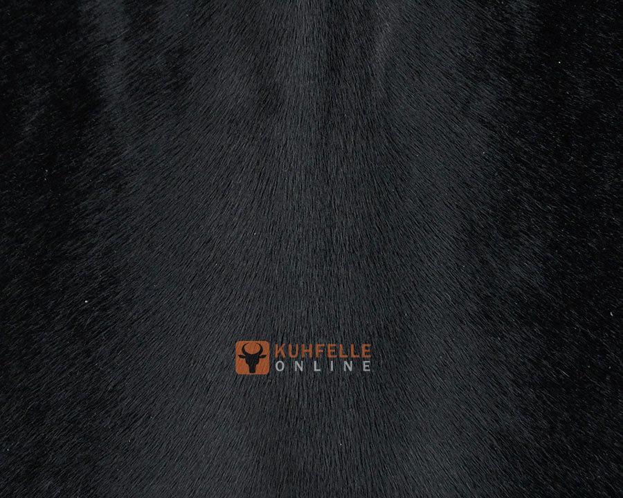 kuhfell teppich schwarz gef rbt 200 x 195 cm online bestellen. Black Bedroom Furniture Sets. Home Design Ideas