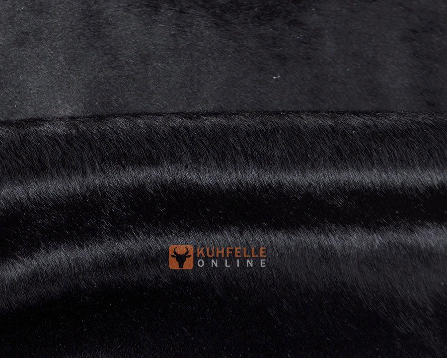 kuhfell teppich schwarz gef rbt 235 x 210 cm online bestellen. Black Bedroom Furniture Sets. Home Design Ideas