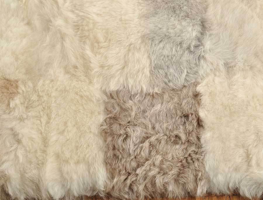 ko lammfell decke teppich britisch grau beige 200 x 200 cm online bestellen. Black Bedroom Furniture Sets. Home Design Ideas