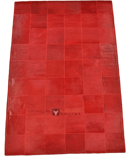 EXKLUSIVER KUHFELL TEPPICH ROT 180 x 120 cm