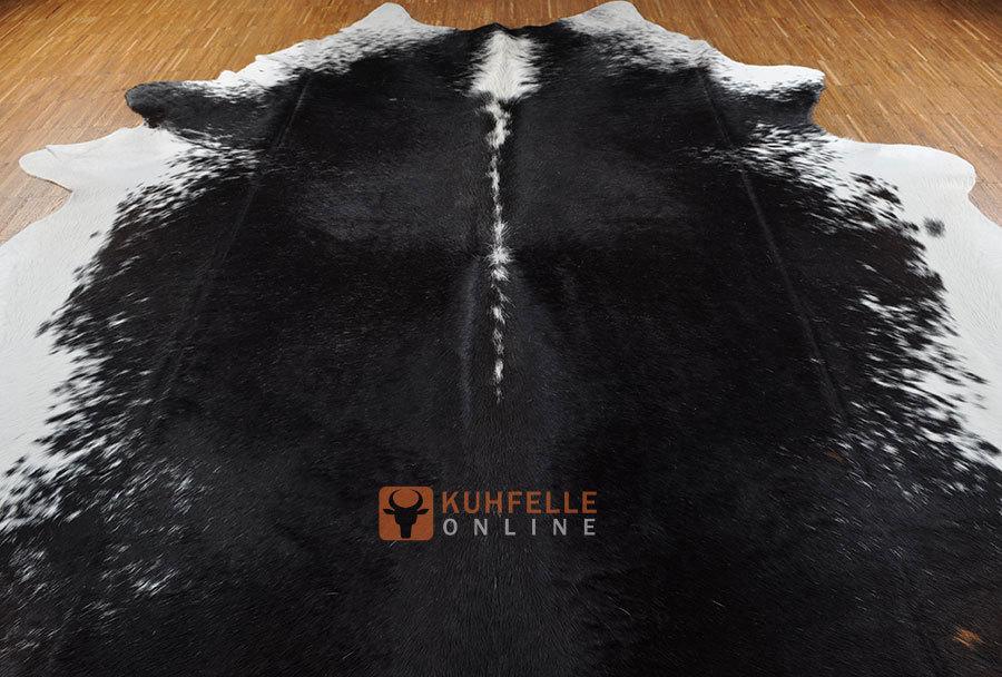 kuhfell schwarz weiss 240 x 190 cm bei kuhfelle online bestellen. Black Bedroom Furniture Sets. Home Design Ideas