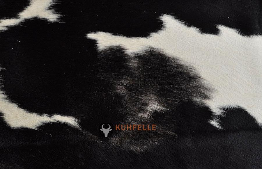kuhfelle schwarz weiss 240 x 190 cm i kuhfelle online bestellen. Black Bedroom Furniture Sets. Home Design Ideas