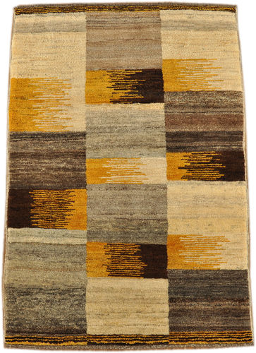 Gabbeh Qashqai 130 x 88 cm south persian tribal rug